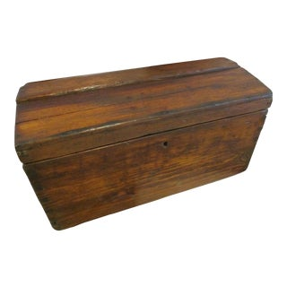 1872 Antique American Handmade Dovetailed Pine Wood Dome Top Chest