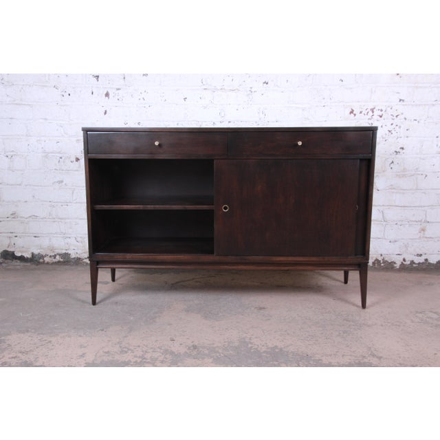 Brass Paul McCobb Planner Group Sliding Door Sideboard Credenza or Record Cabinet For Sale - Image 7 of 13