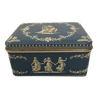 Wedgwood Style Tea Tin For Sale
