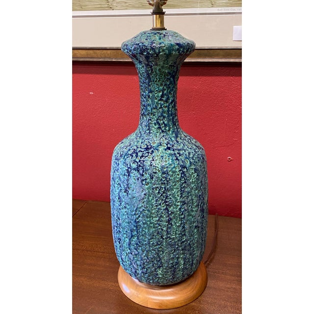 Mid Century Lava Glaze Lamps - a Pair For Sale In Tampa - Image 6 of 11