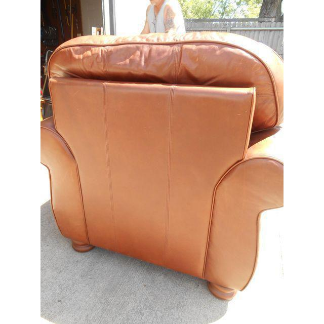Thomasville Ralph Lauren Style Leather Cigar Club Chair Distress Firm Last Markdown For Sale - Image 4 of 6