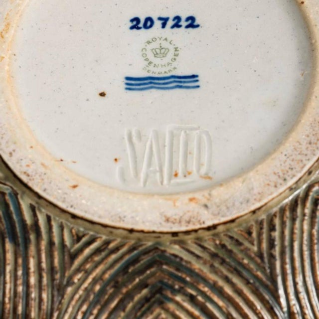 Ceramic Large Bowl with Sung Glaze by Axel Salto for Royal Copenhagen For Sale - Image 7 of 10