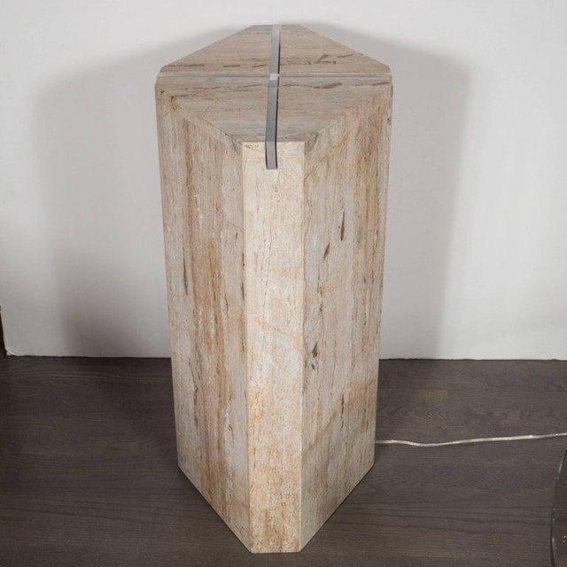 1970s Sophisticated Mid-Century Modernist Crosslight Illuminating Travertine Pedestal For Sale - Image 5 of 7