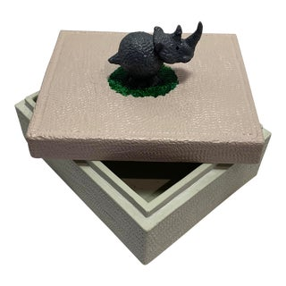 Vintage Hand Carved White Stone Rhino Jewelry Box For Sale