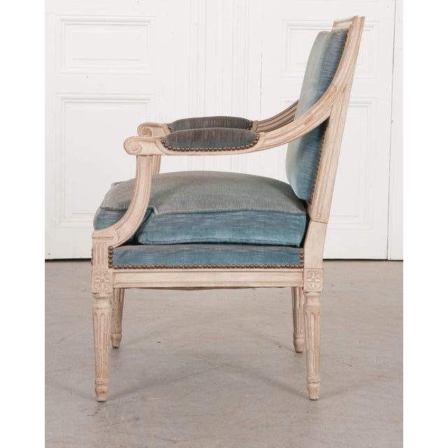 French 19th Century French Louis XVI Style Painted Fauteuil Chair For Sale - Image 3 of 12