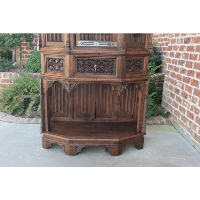 Gothic Antique French Gothic Vestry Sacristy Cabinet Oak 19th Century For Sale - Image 3 of 13