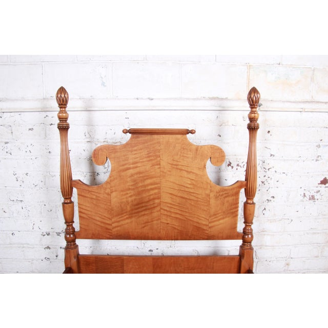 Brown Vintage Tiger Maple Twin Pineapple Poster Beds, Pair For Sale - Image 8 of 13