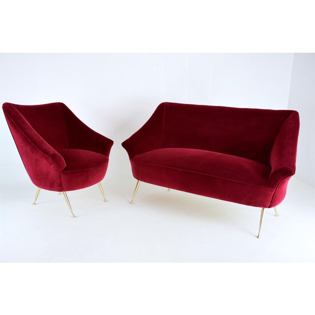 Red Italian Midcentury Velvet Sofa in the Manner of Ico Parisi, 1950s For Sale - Image 8 of 13