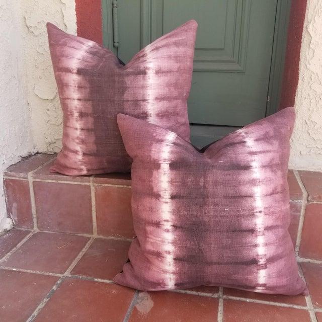 Homespun Tie Dye Linen Pillow - a Pair For Sale - Image 4 of 4