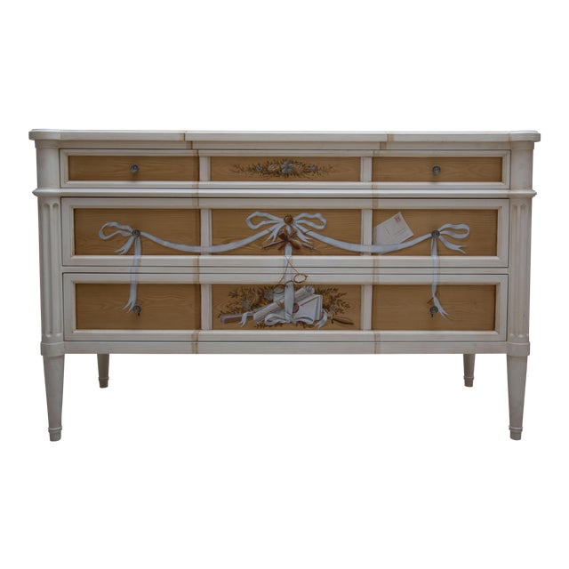 Faux Grain and Hand-Painted Three-Drawer Chest of Drawers For Sale