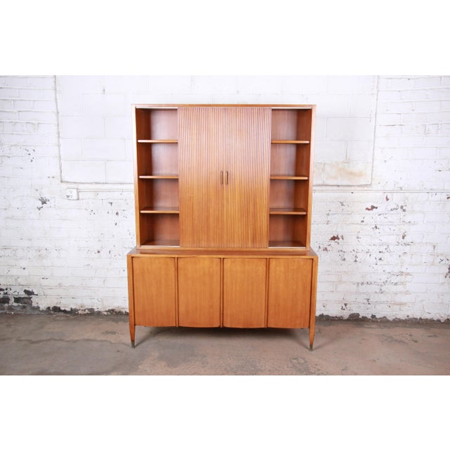 Sligh-Lowry Furniture Co. Sligh Mid-Century Modern Walnut Sideboard Credenza With Bookcase Hutch For Sale - Image 4 of 12