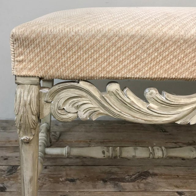 Antique French Louis XIV Painted Bench For Sale - Image 4 of 13