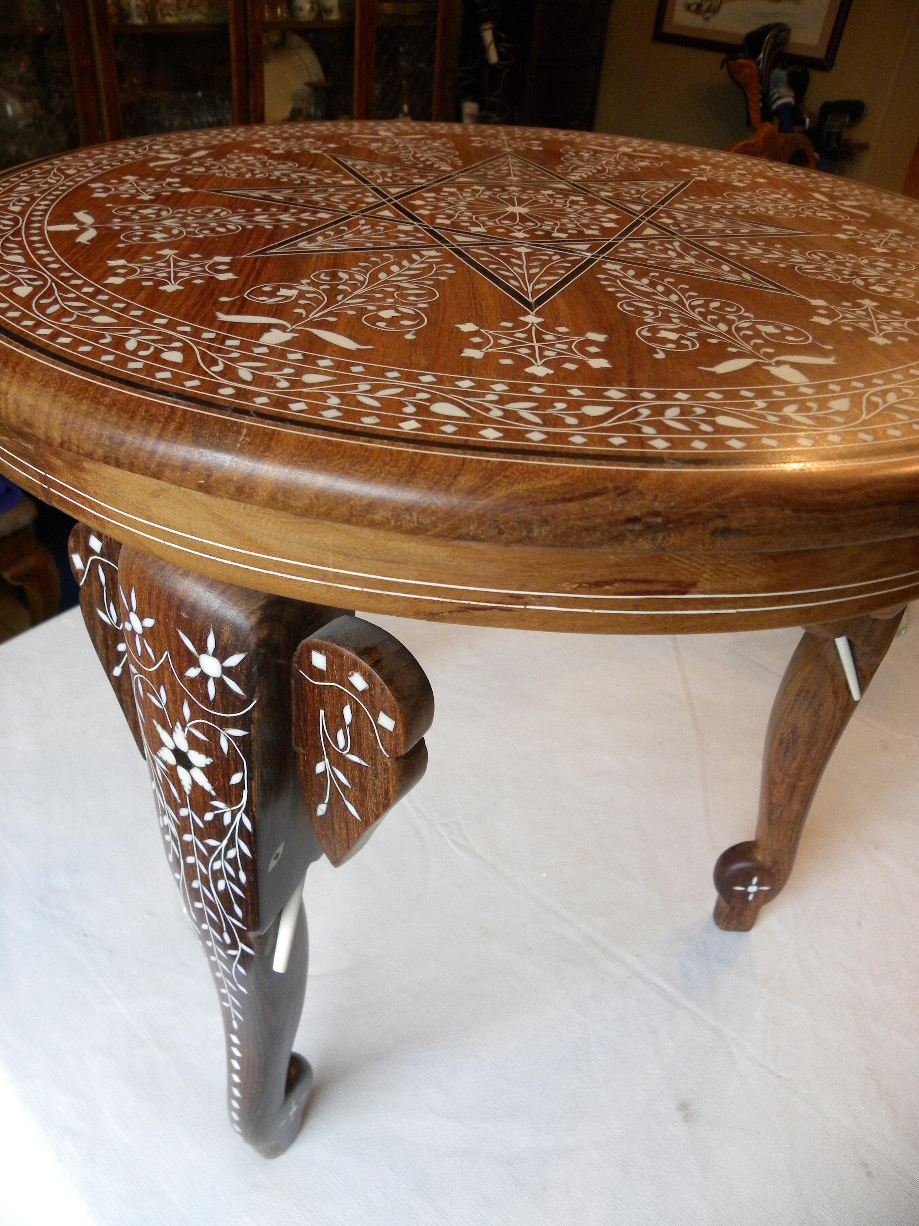 Awesome Anglo Indian Vintage Ebony Bone Inlaid Elephant Indian Teak Table For Sale    Image 3