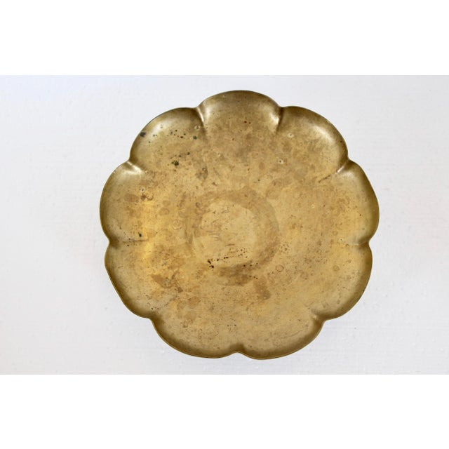 Brass Paw-Foot Scalloped Tray - Image 4 of 5