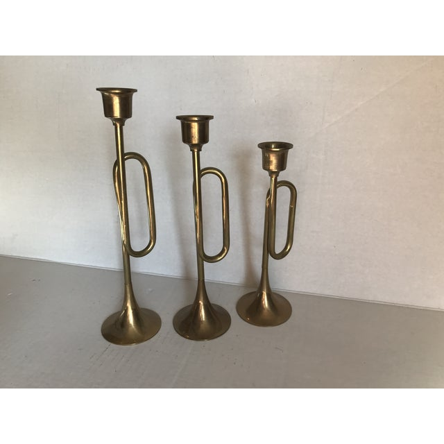 English 1980s English Traditional Brass Trumpet Candle Holders - Set of 3 For Sale - Image 3 of 5
