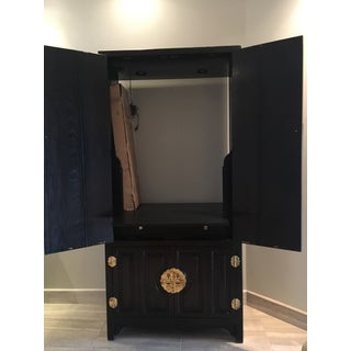 Century Furniture Lighted Bar Cabinet Preview