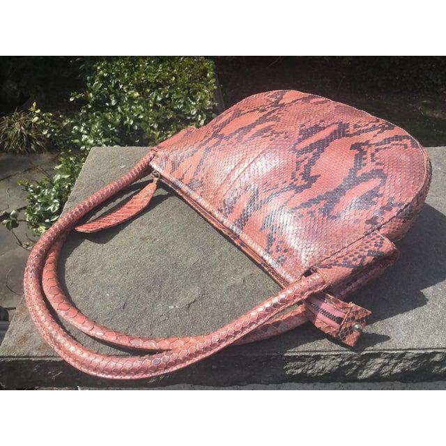 Metal 1990s Gianni Versace Iridescent Pink Python Shoulder Bag For Sale - Image 7 of 12