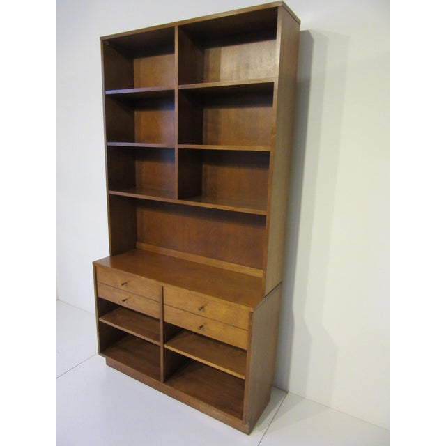 Mid-Century Modern Paul McCobb Planner Group Maple 2 Pc. Bookcase For Sale - Image 3 of 9