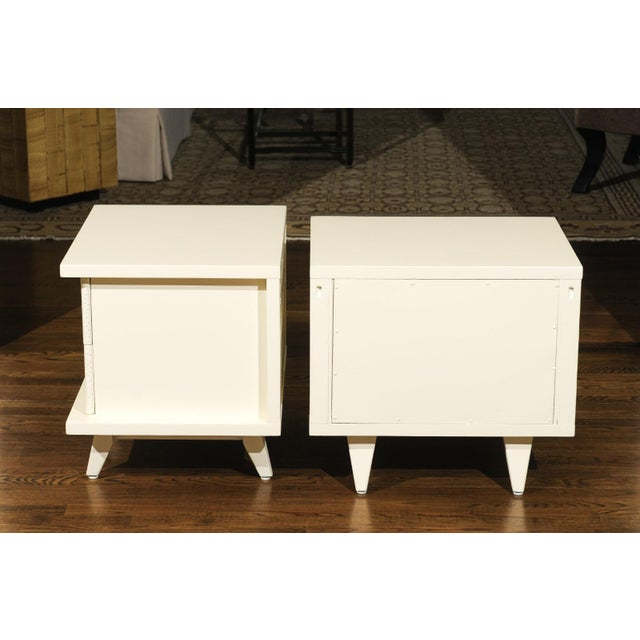 Widdicomb 1938 Pair of Restored End Tables by Widdicomb in Cream Lacquer For Sale - Image 4 of 13