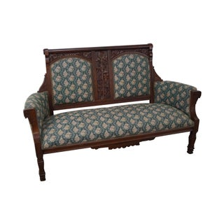 Victorian Walnut Aesthetic Settee For Sale