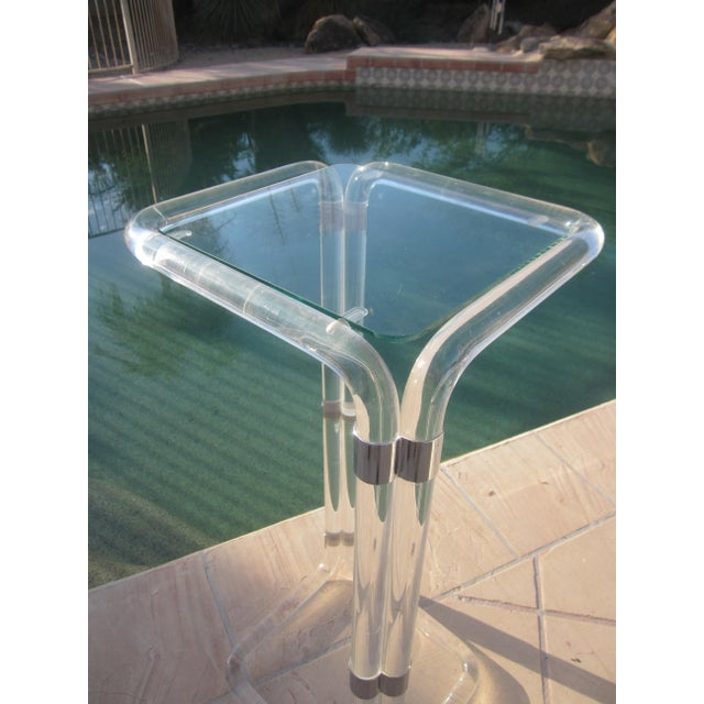 Thick Banded Lucite Pedestal Stand Table - Image 9 of 11