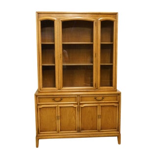 Late 20th Century Vintage Drexel Eastrend Collection China Cabinet For Sale