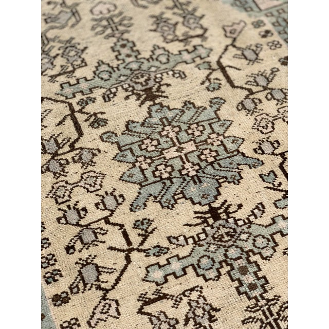 "1950's Vintage Turkish Oushak Wool Rug - 4'8"" x 8'1"" For Sale - Image 11 of 13"