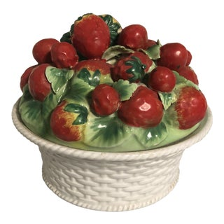 Vintage Italian Majolica Strawberries Bunch in Casket With Lid For Sale