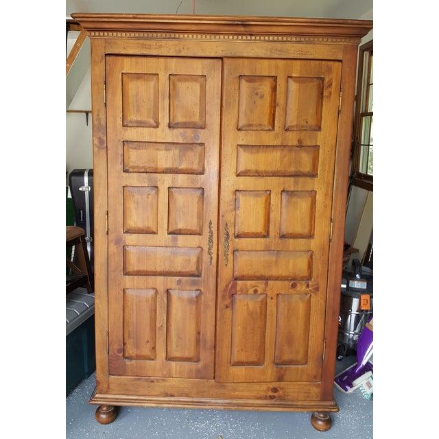 Habersham Plantation Armoire Cabinet - Image 2 of 8