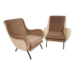Mid century modern Italian pair of complementary velvet beige archairs