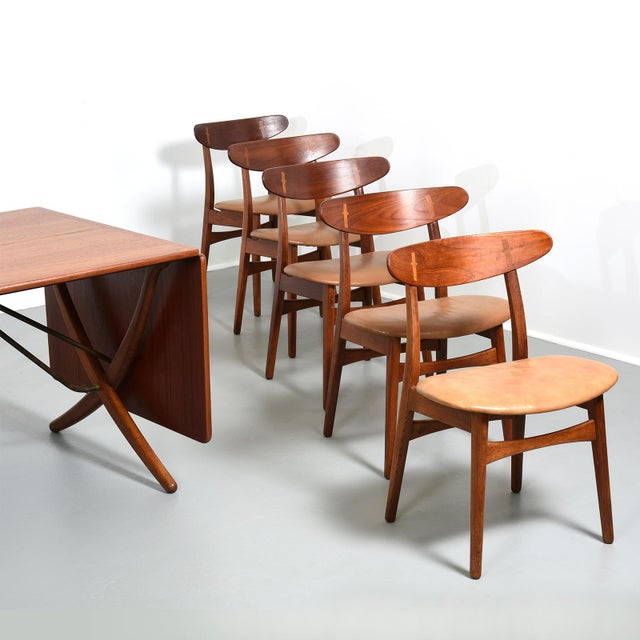 1950s Hans Wegner Dining Set, Model At-304 Dining Table and Model Ch-30 Dining Chairs For Sale - Image 5 of 10