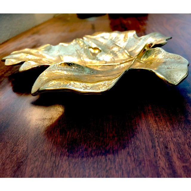 Virginia Metalcrafters 1940s Virginia Metal Crafters Brass Fig Leaf Tray For Sale - Image 4 of 8