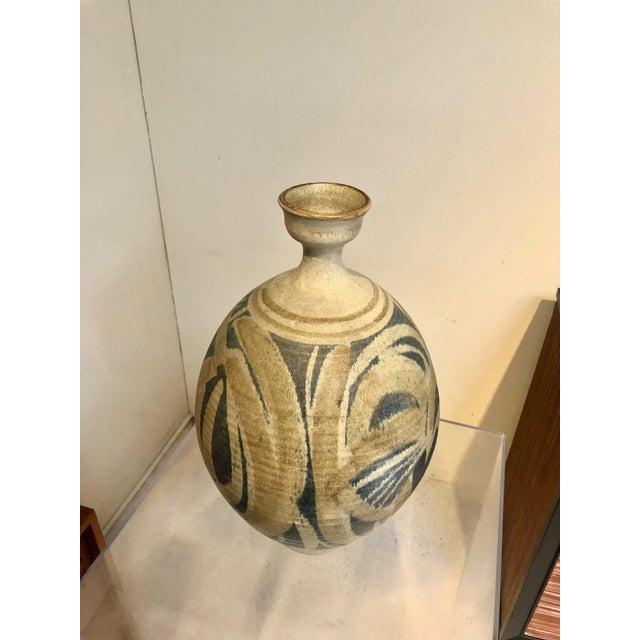 1970s Large Vintage Stoneware Vase by Wishon Harrell For Sale - Image 5 of 9