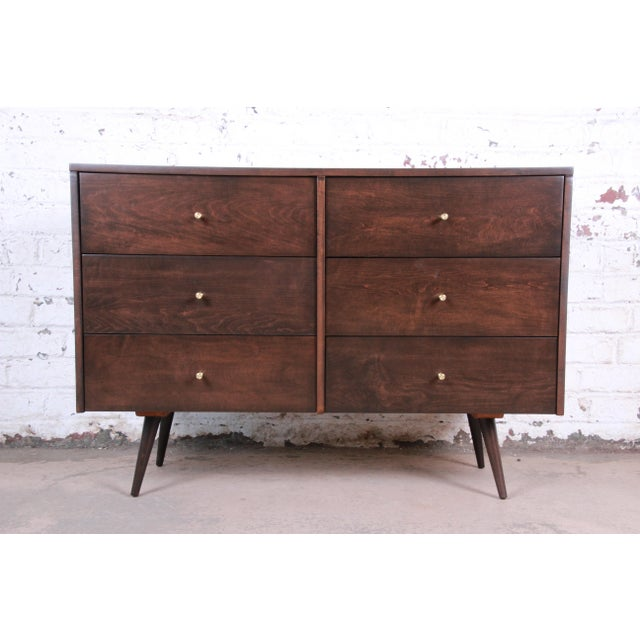 Paul McCobb Planner Group Six-Drawer Dresser, Newly Refinished For Sale - Image 13 of 13