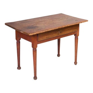 18th Century Queen Anne Pine and Butternut Tavern Table For Sale