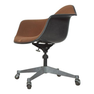 Herman Miller Eames Bucket Office Chair With Casters Mid Century Modern For Sale