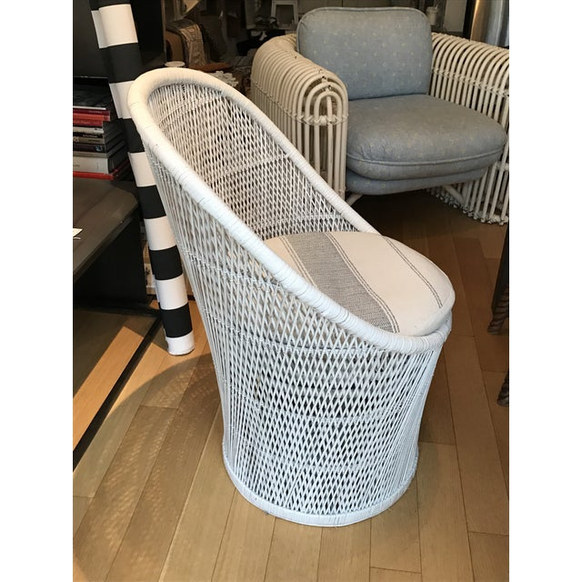Vintage White Wicker Chair - Image 5 of 5