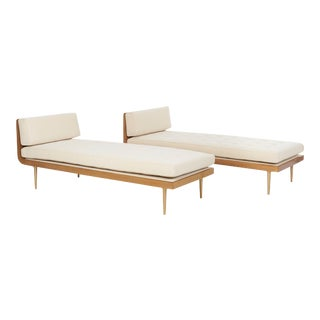 Dunbar Daybeds by Edward Wormley for Dunbar - a Pair For Sale