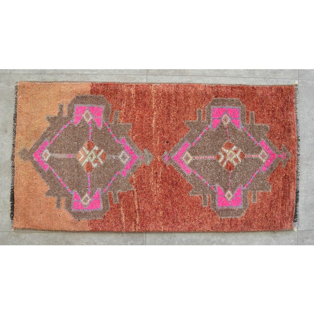 1960s Hand Knotted Low Pile Rug Turkish Rug Door Mat Entryway Mat Bath Rug - 18'' X 35'' For Sale - Image 5 of 5