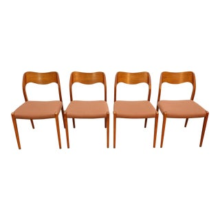 Set of Four Model 71 Dining Chairs in Teak For Sale