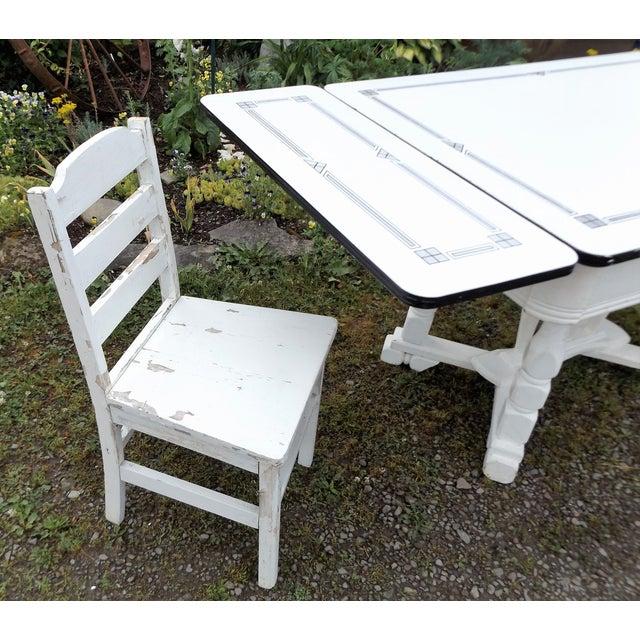 White Porcelain Expandable Farmhouse Table Set - Image 4 of 11