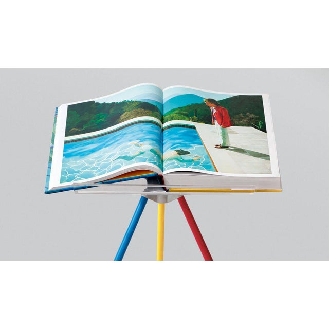 """TASCHEN Autographed David Hockney """"A Bigger Book"""" Painting Collection with Book Stand Collector's Edition For Sale - Image 4 of 13"""