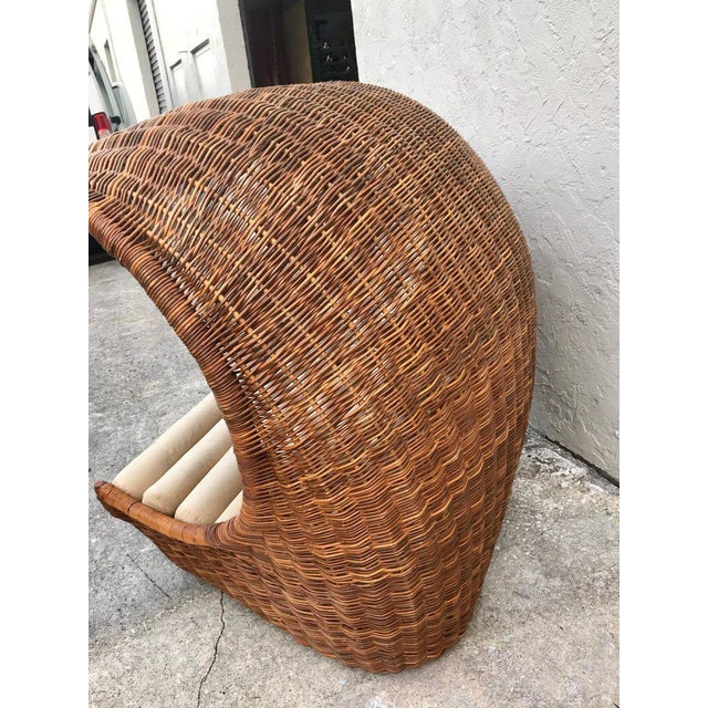 "Italian Midcentury ""Wave"" Rattan Lounge For Sale - Image 10 of 12"