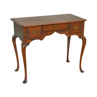 Queen Anne Style Vintage Custom Crafted Small Desk or Vanity For Sale