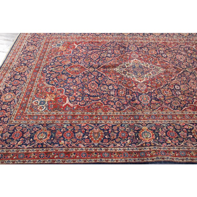 "Traditional Apadana Antique Persian Kashan Rug - 6'11"" x 10'2"" For Sale - Image 3 of 6"