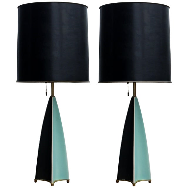 1950s Pair of Gerald Thurston Fin Lamps for Lightolier For Sale - Image 5 of 5