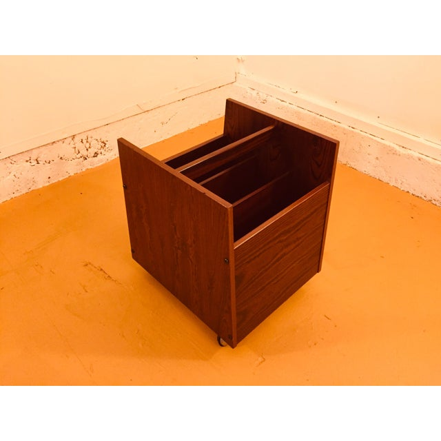 Danish Modern Rosewood Single Rolling MCM Record Album Holder by Rolf Hesland for Bruksbo, Norway For Sale - Image 3 of 13