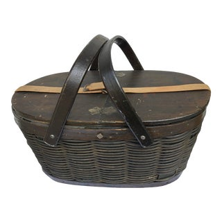 Early 1900s Hawkeye Refrigerator Basket Cooler For Sale