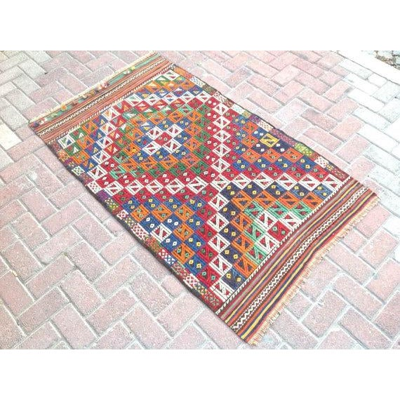 "Boho Chic Vintage Turkish Kilim Rug - 3'2"" x 5'2"" For Sale - Image 3 of 6"