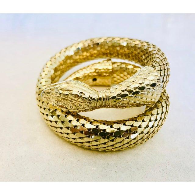 1980s Whiting & Davis Gold Mesh Snake Bracelet For Sale - Image 5 of 9